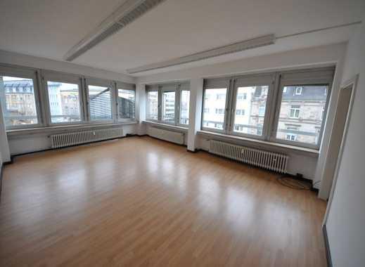 myHome-Immobilien / 1A  Lage Fußgängerzone / Ideal für Büro/Praxis / 115 qm / 5-6 Räume / Aufzug