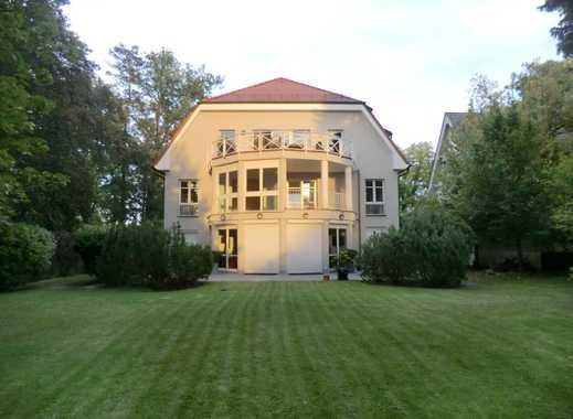 *exclusive 6-Zimmer-Wohnung * große Terrasse * Aufzug * Tiefgarage * Berlin-Dahlem*