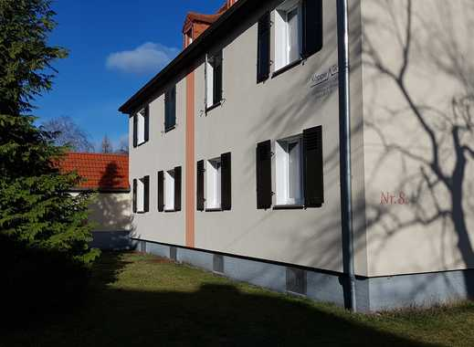 Schöne 2 Zimmer Wohnung - Bitterfeld Kraftwerksiedlung - 1.OG links