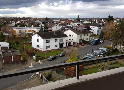 Gepflegte 4-Zimmer-Wohnung 105 m² mit Balkon und EBK in Leimen