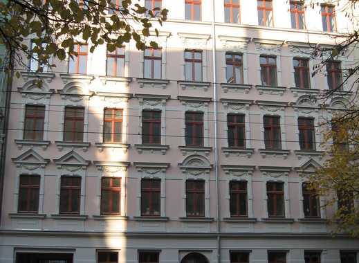 Schön saniert in Schleußig - Vier Zimmer mit Balkon und Tageslichtbad