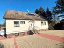 Einfamilienhaus mit Einliegerwohnung in Neudorf-Platendorf