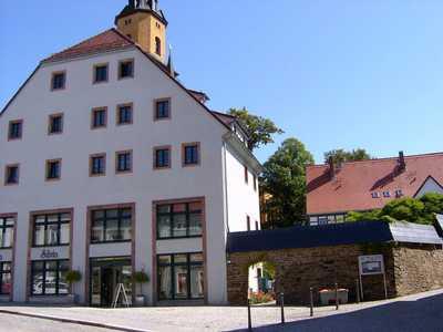 Renovierte 2-Raum-Wohnung mit Fernblick