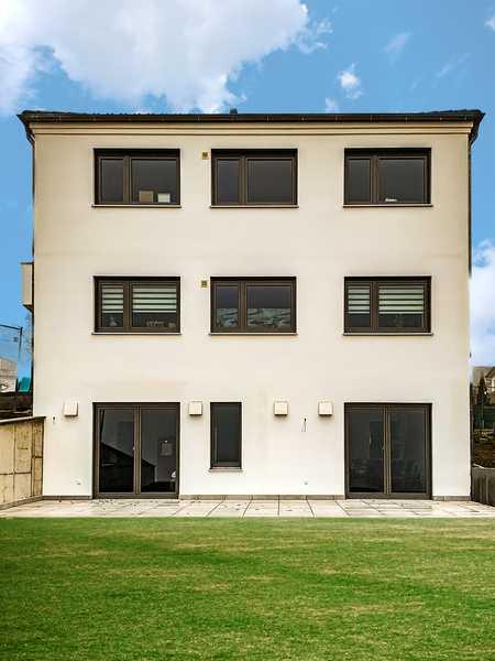 Für WO - End Heimfahrer: Exklusiver Erstbezug 1-Zimmer Wohnung mit EBK und Terrasse in Neuburg an der Donau