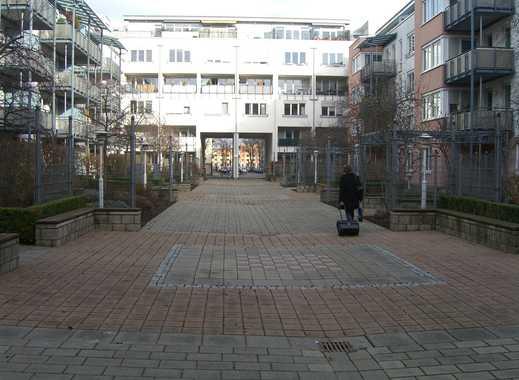 Wunderschöne, gepflegte 2-Zimmer-Wohnung mit Balkon, EBK, Abstellraum, Keller und TG-Platz in Mainz