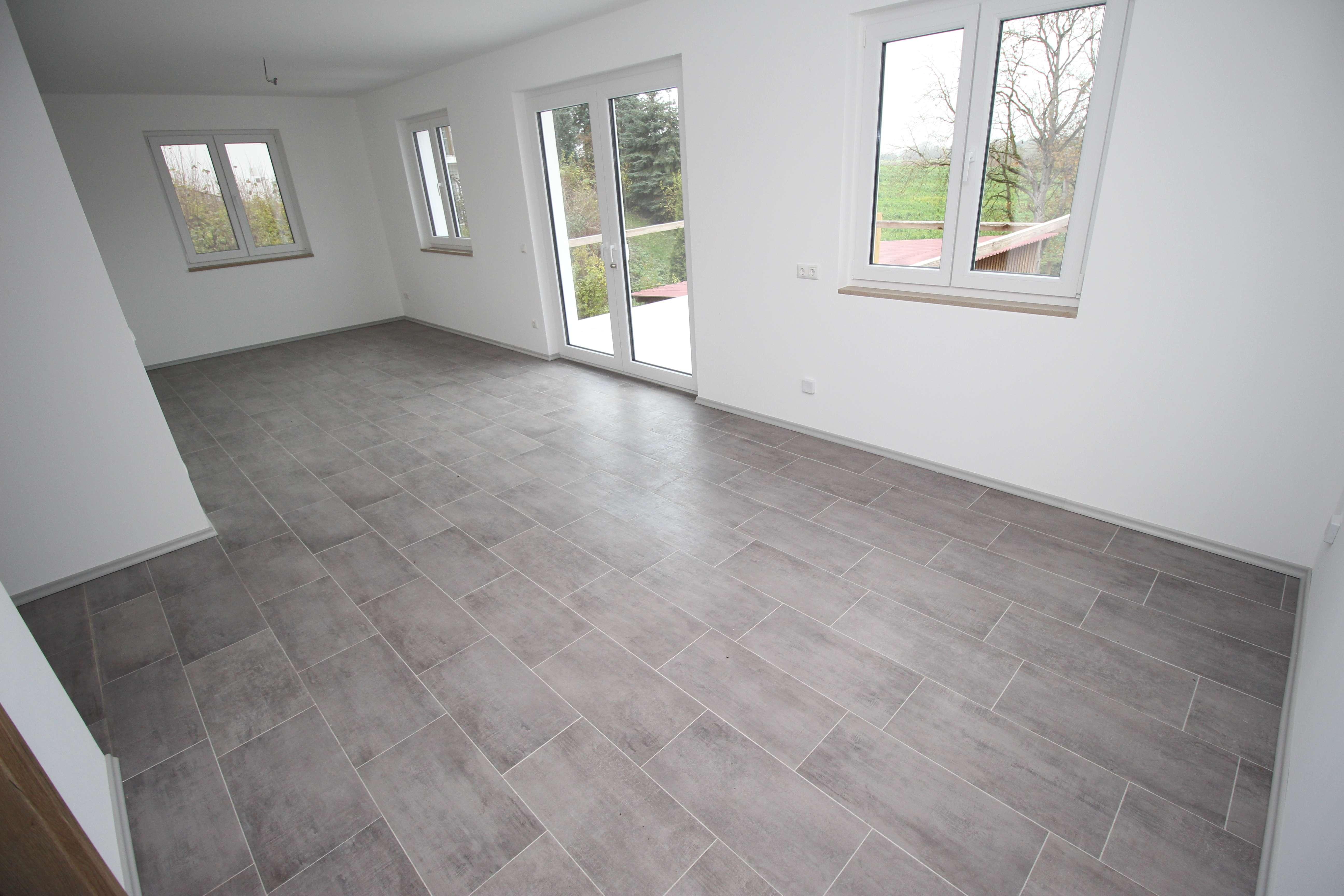 Wohnung mit Gewerbeeinheit in Landshut - Tiefenbach! in