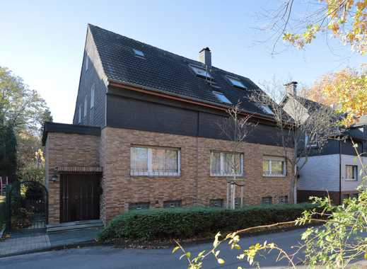 Handwerker aufgepasst! Freistehendes 2-Familienhaus mit 300 m² Wohnfläche in gesuchter Lage