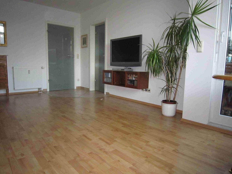 Sonnige 4-Zimmer DG-Maisonette Wohnung