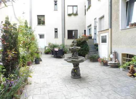 Schöne Paterre -Wohnung im Herzen von Essen Borbeck , 84 Quadratmeter , schöne Aufteilung .