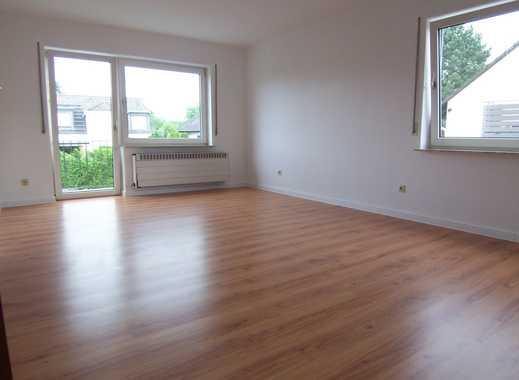 Rundum Komplett 3 Zimmer Wohnung Mit Balkon Und Küche