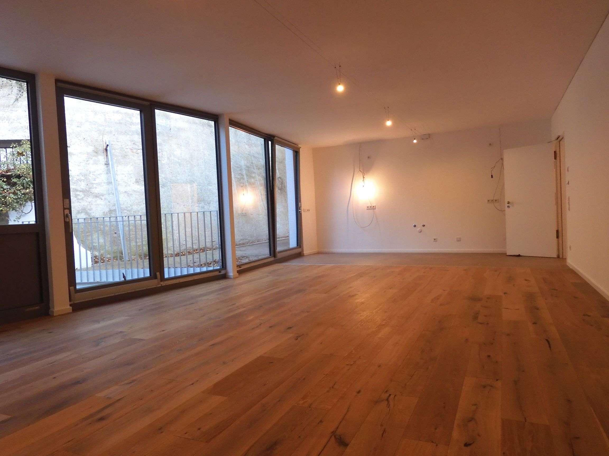 Erstbezug: stilvolle Wohnung mit Terrasse in