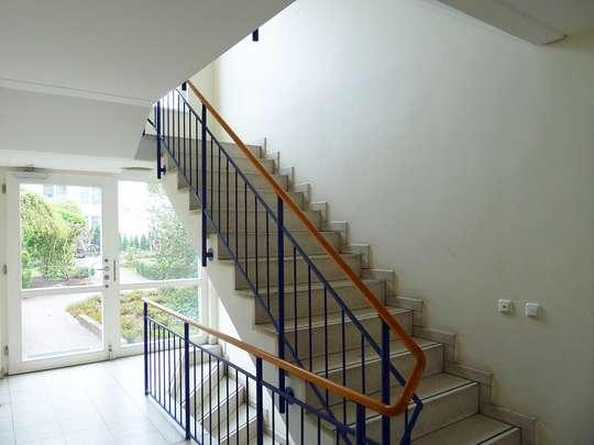 Moderne 3-Zim.-Wohnung mit PKW-Stellplatz und Garten - Bild 29