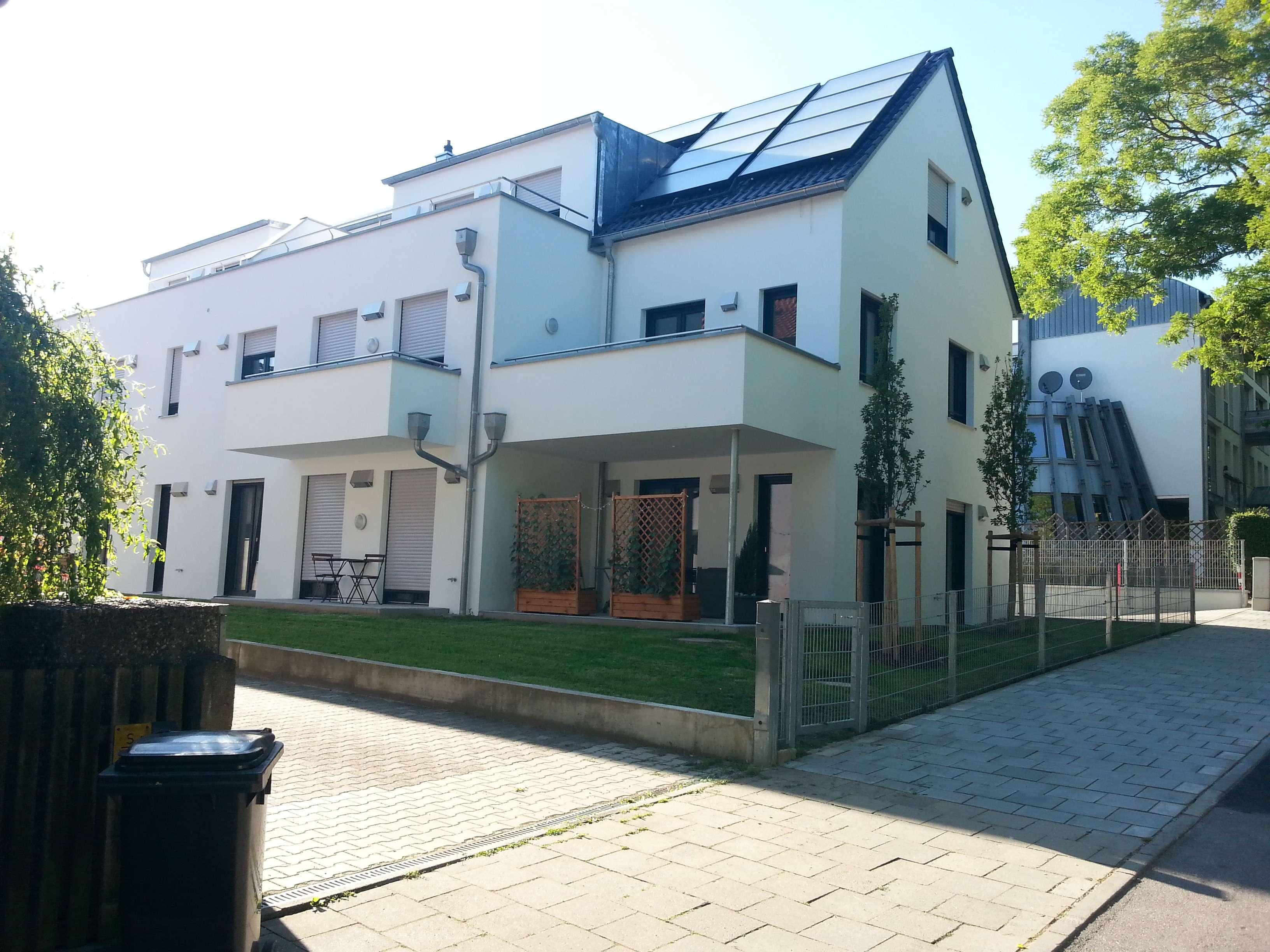 Exklusive, neuwertige 2-Zimmer-EG-Wohnung mit Terrasse in Regensburg