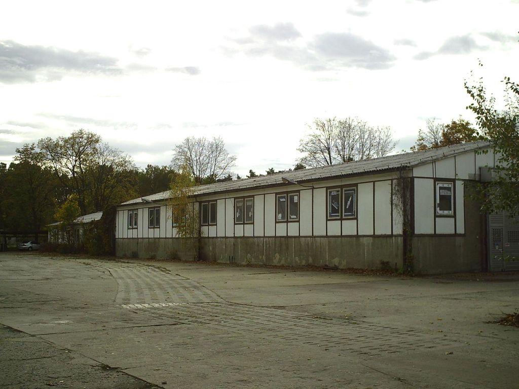 Halle 1 und 3