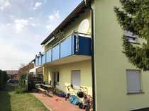 Zweifamilienhaus mit Garten und Garage