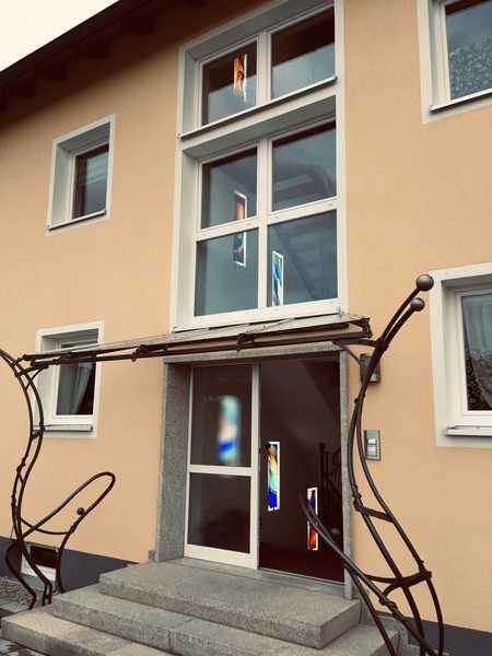 ca 750 € warm, neue, helle, freundliche 3 Zi-Wohnung in zukunftsweisendem Objekt in Waldsassen