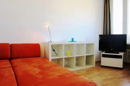 Modernisierte 1-Raum-Wohnung mit Balkon und EBK in München-Pasing in Pasing (München)