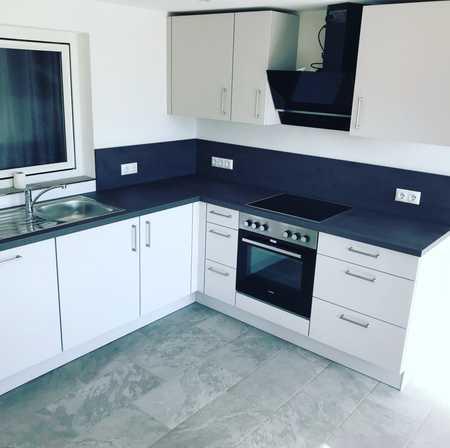 Einliegerwohnung mit Küche u. großer Terrasse - Erstbezug! in Bürgstadt