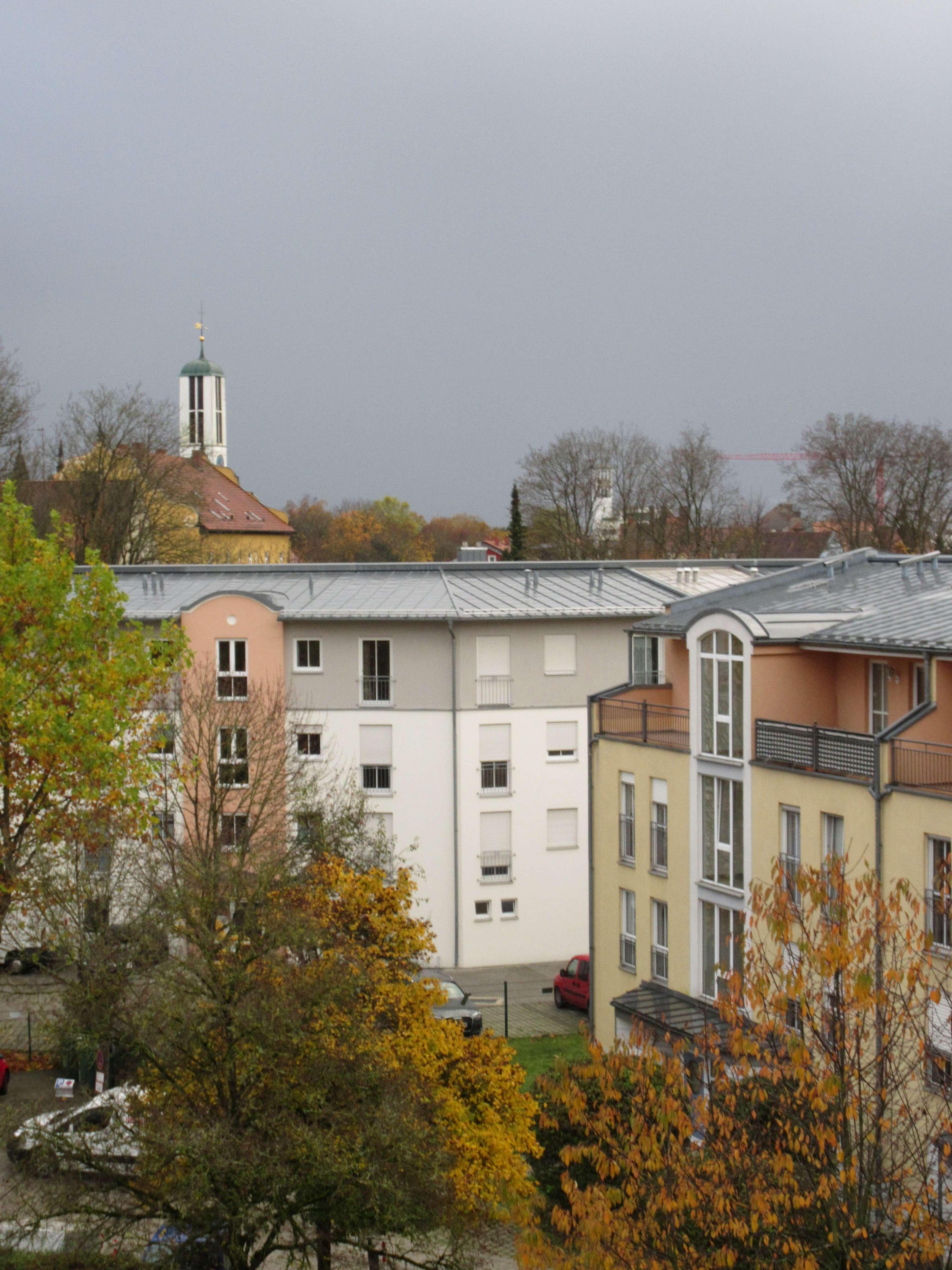 Großzügige, helle und gepflegte 2 Zimmerwohnung, IN-Süd in Südwest (Ingolstadt)