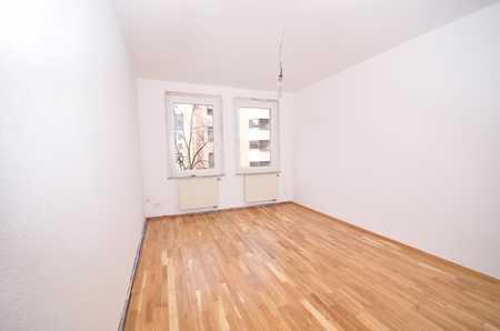 **sanierter Erstbezug** - Schöne, ruhig und zentral gelegene 3-Zimmer Wohnung m. Balkon Nordstadt in Veilhof (Nürnberg)