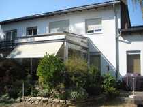 Einfamilienhaus mit Kamin Wintergarten Garten