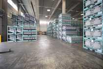 Lager- Produktionshalle unterschiedliche Größen direkt