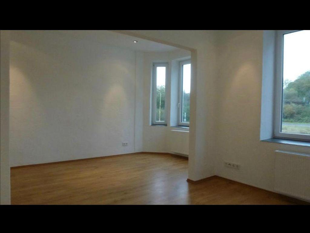 Modernes Zimmer (25m2) im Altbau-Stil ab 15.02.2018 zu vermieten