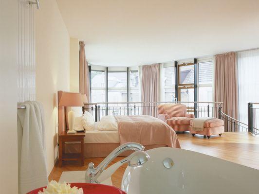wohnen auf zeit hamburg wohnen auf zeit in hamburg bei. Black Bedroom Furniture Sets. Home Design Ideas