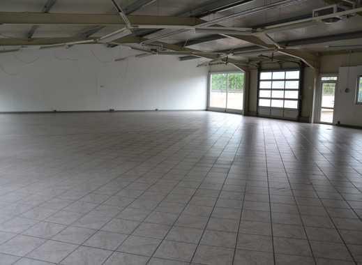 Halle in guter Lage für Einzelhandel, Gewerbe, Büro oder Ausstellungsfläche