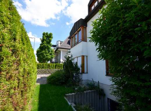 Haus im Haus, Exklusive Garten-Maisonette Wohnung mit neuer Einbauküche und uneinsehbarer Garten