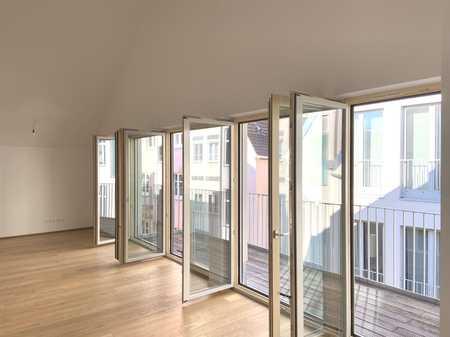 Dachgeschoss Galerie Maisonette Wohnung im Herzen von Augsburg in Augsburg-Innenstadt