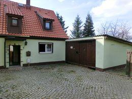 Wohnhaus 1 mit Gargenanbau