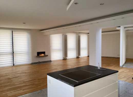 Erstbezug nach Kernsanierung: Exclusive 3 Zimmerwohnung mit Loft Charakter nähe City
