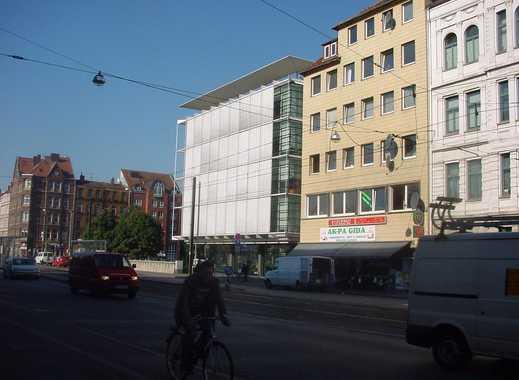 Wohn- u. Geschäftshaus an der Leine, im Stadtzentrum