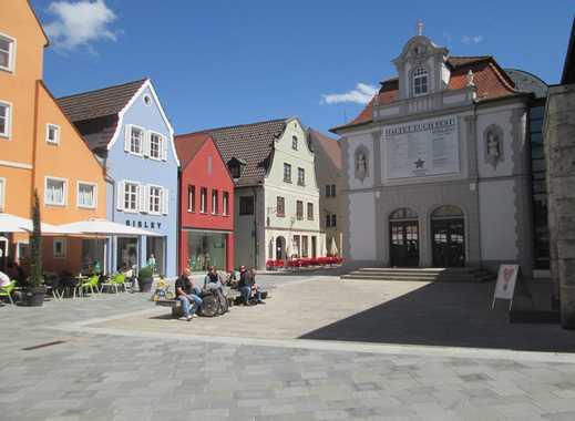 Innenstadtlage - am Rande der Fußgängerzone: Große Wohnung oder Praxis/Büro