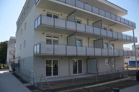 Erstbezug: exklusive 2-Zimmer-Erdgeschosswohnung mit Terrasse und Garten in Freising in Freising