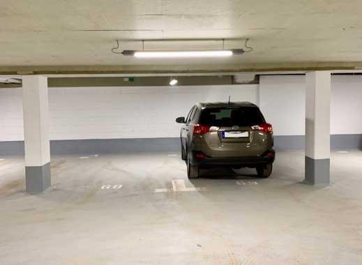 2 TG-Stellplätze  Nähe Märchenbrunnen, SUV-geeignete Breite