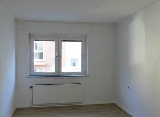 Attraktive 2,5 Raum Wohnung mit Balkon in begehrter Lage!