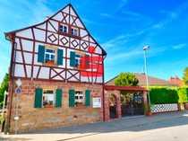 Historisches Fachwerkhaus als Restaurant Weinstube