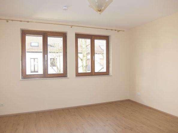 29_WO6422 Renovierte, helle 3-Zimmerwohnung (Durchgangszimmer) für 2 Personen in ruhiger Lage / K... in