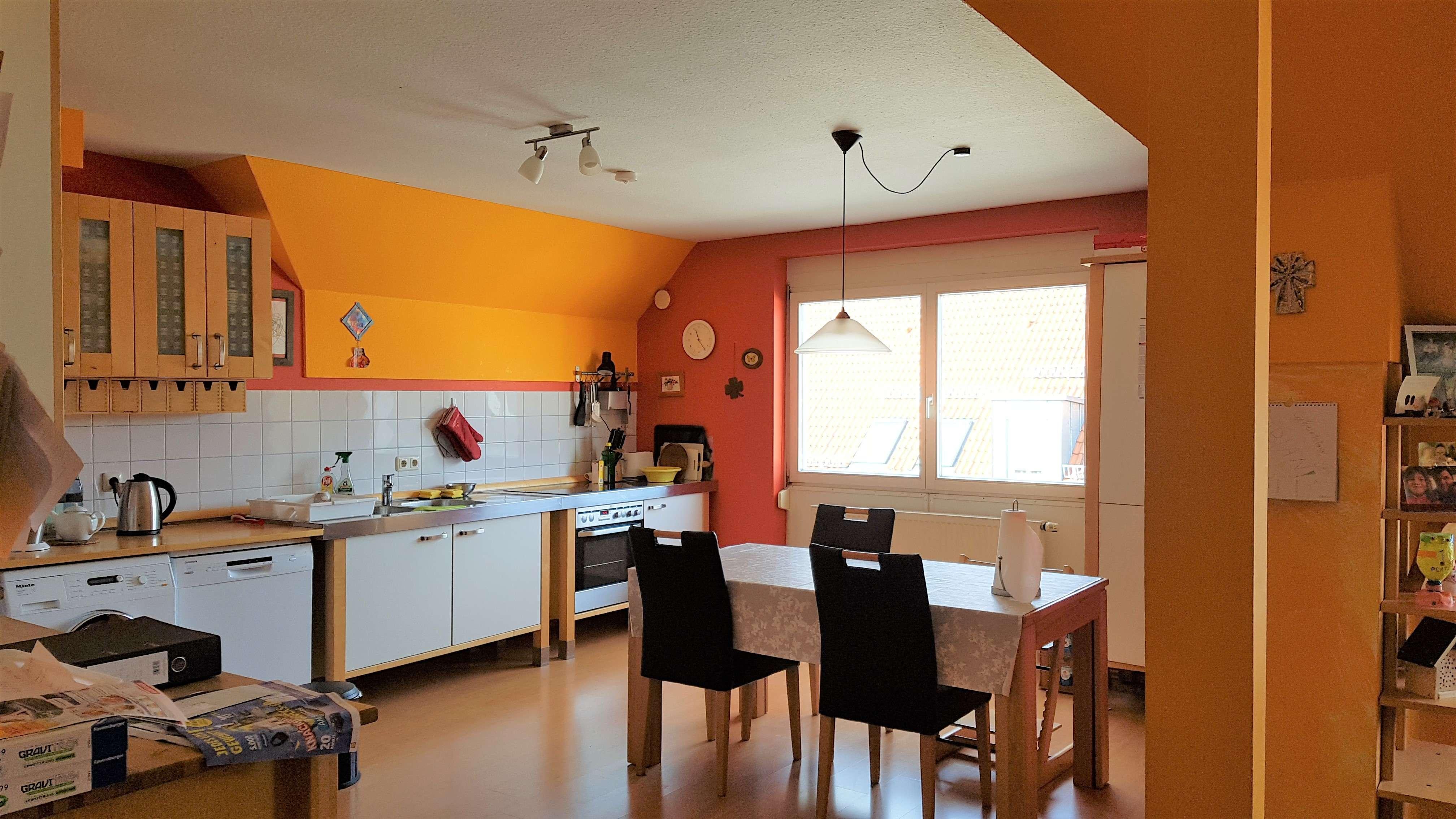 Tolle 4-Zimmer-Wohnung mit EBK und 2 TG in bevrzugter Innenstadtwohnlage von Neumarkt in