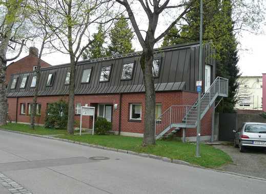 Büroräume, auch für Therapie geeignet, im 1. OG in Augsburg