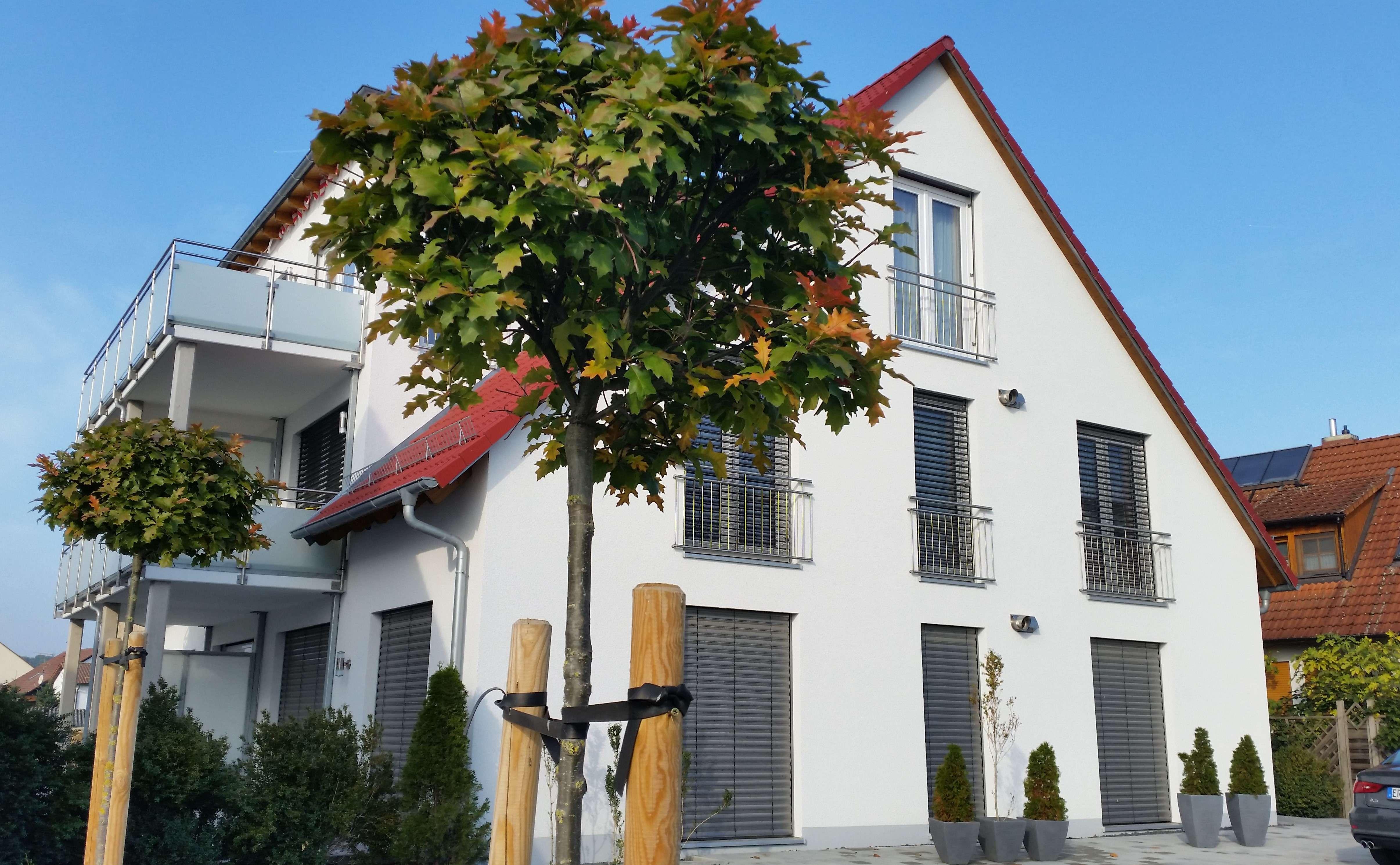 Höchster Wohnkomfort - angenehmes Raumklima durch autom. Lüftungsanlage und geringe Nebenkosten in Herzogenaurach
