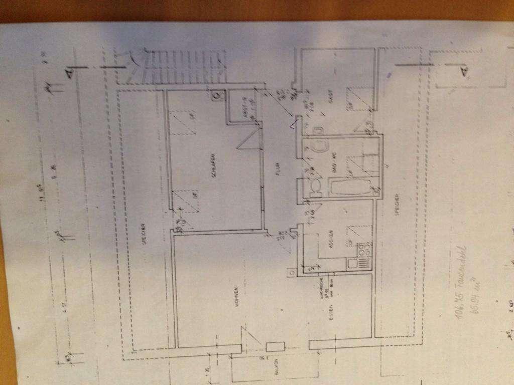 Gemütliche 3-Zimmer-Dachgeschosswohnung mit Balkon und Einbauküche in Pfarrkirchen