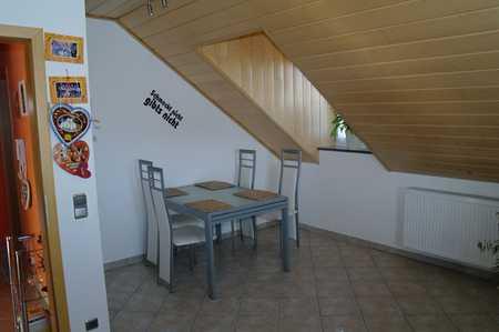 Gepflegte 4-Zimmer-DG-Wohnung mit Balkon 120m2 in Finsing - Eicherloh in Finsing