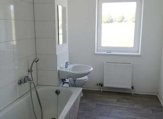 Frisch renoviert 2 Zimmer mit Küche!