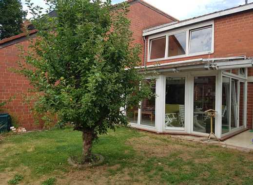 Grosses helles Zimmer mit Balkon, Gartennutzung und Kellerraum in 3er WG in Davenstedt