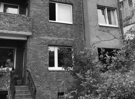 Mehrfamilienhaus mit 9 Einheiten in Düsseldorf-Lierenfeld!