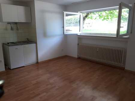 Sanierte 1-Zimmer-Wohnung mit Einbauküche in Elchingen -bevorzugt für Wochenendpendler- Nichtraucher in Elchingen
