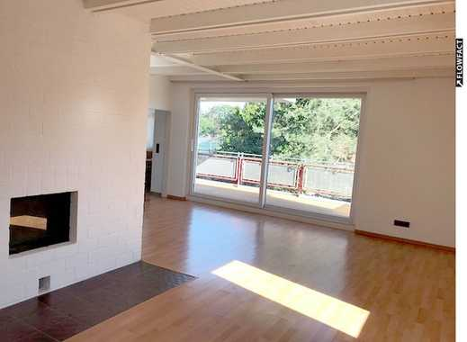 Helle 5-Zi-DG-Wohnung mit Einbauküche, 2 Balkonen, Garage und Stellplatz in TOP Lage!